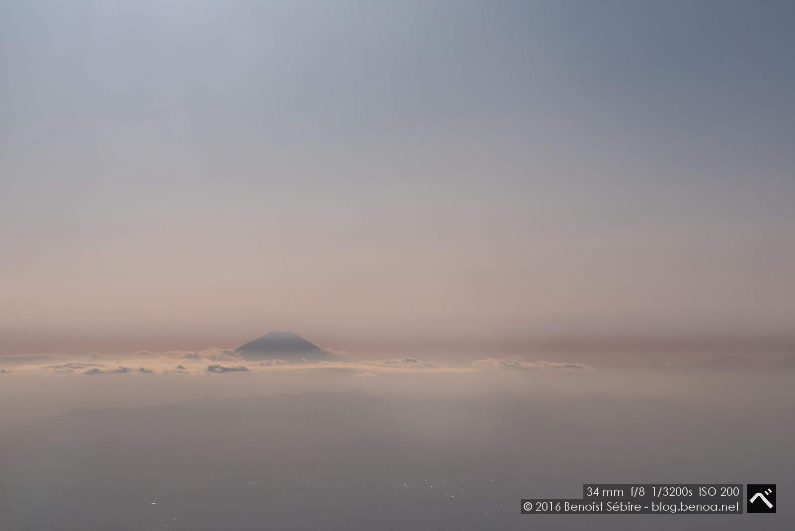 Fujisan through Clouds