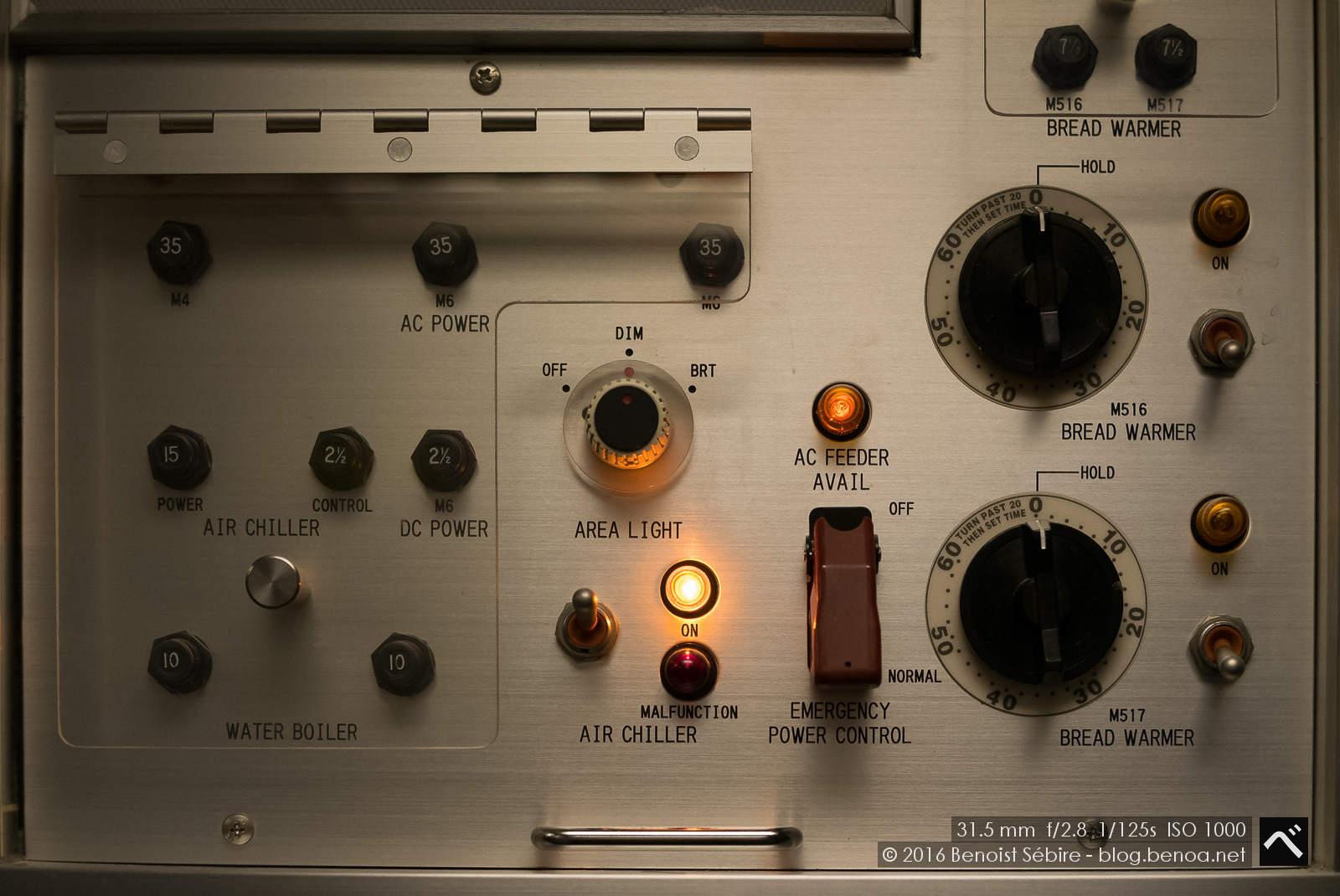 B777 Switches